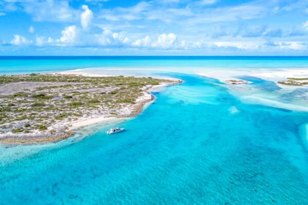 luxury boat charter at an uninhabited island in the Turks and Caicos
