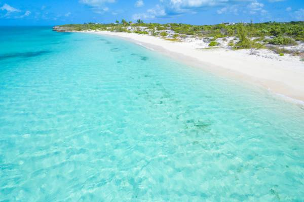 vacant beachfront Turks and Caicos real estate at Taylor Bay Beach, Providenciales