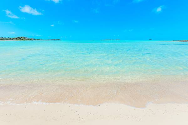 shallow ocean water at Turtle Tail Beach
