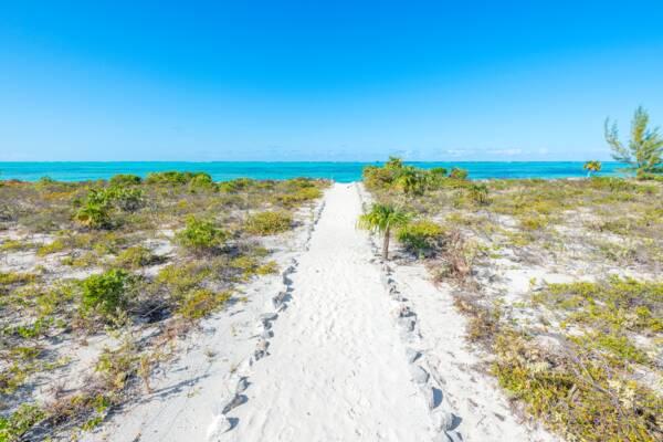 beach path on North Caicos to Hollywood Beach