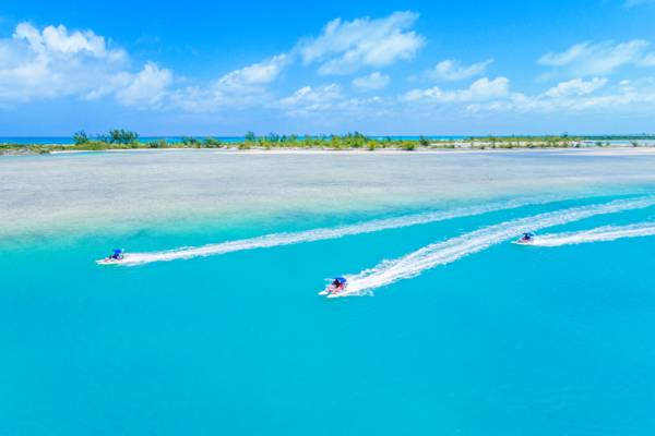 powerboat rentals in Turks and Caicos