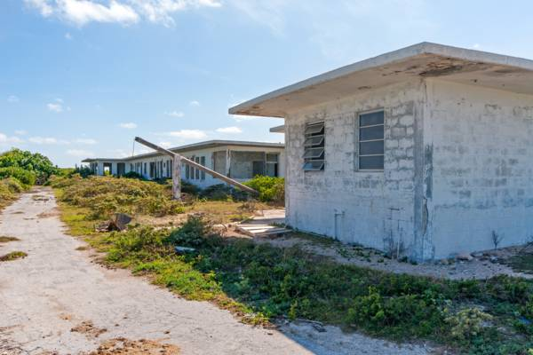 the barracks and office of the old U.S. Coast Guard South Caicos LORAN station