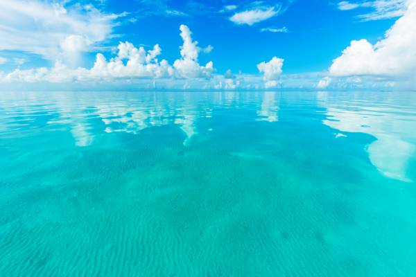 calm and turquoise ocean water in the shallow Caicos Banks off of East Caicos