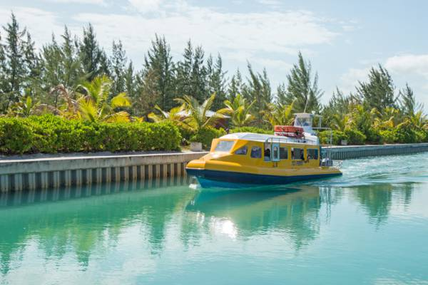 the North Caicos to Providenciales passenger ferry at Sandy Point Marina