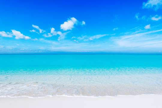 calm and clear ocean water at Grace Bay Beach