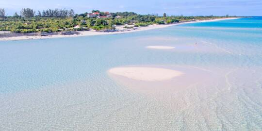 sandbars and and the beach at Parrot Cay Resort