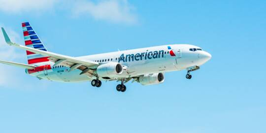 American Airlines Boeing 737-823 over Providenciales
