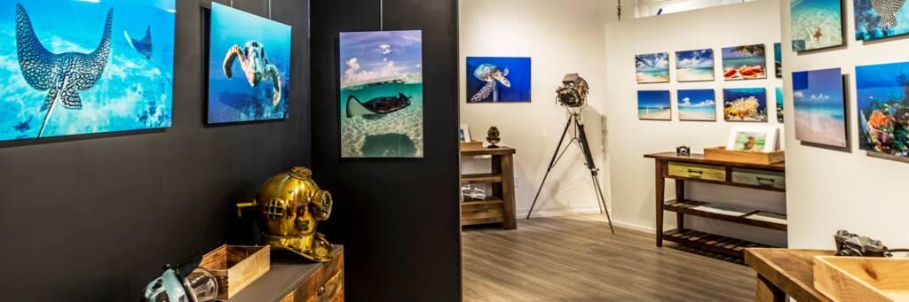 Brilliant Studios gallery in Grace Bay