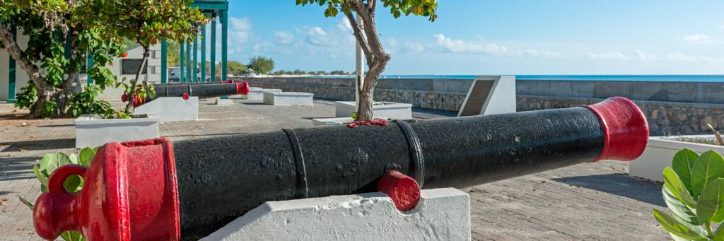 cannon overlooking Front Street at Cockburn Town