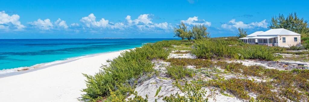 the secluded Castaway Villa on North Bay on Salt Cay