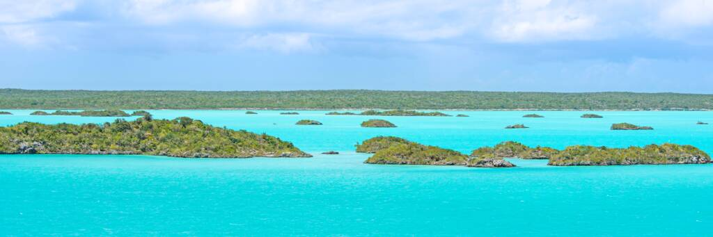 the turquoise water and small islands of Chalk Sound National Park