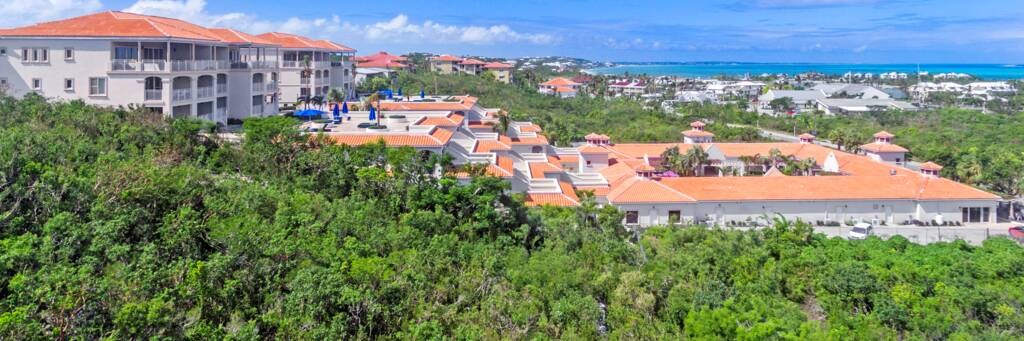 La Vista Azul resort at Turtle Cove