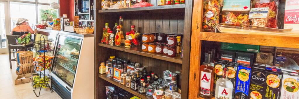 Le Comptoir French deli in Grace Bay