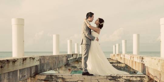 wedding couple at Grace Bay Beach