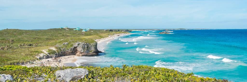 Mudjin Harbour coastline on Middle Caicos