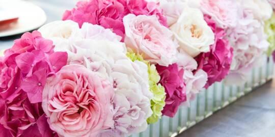 pink wedding flower arrangement