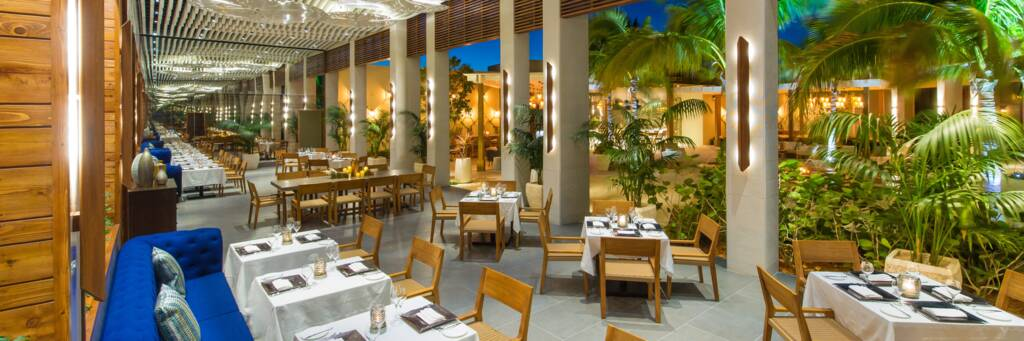 al fresco gourmet dining at the Shore Club Resort on Long Bay
