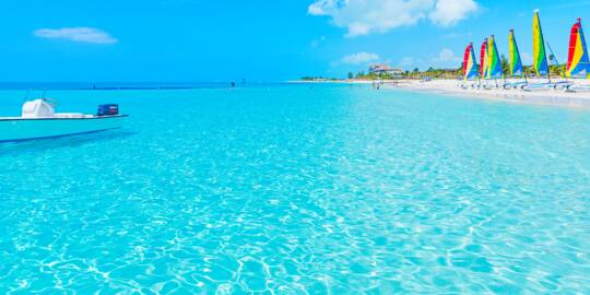 amazing turquoise water at Grace Bay Beach