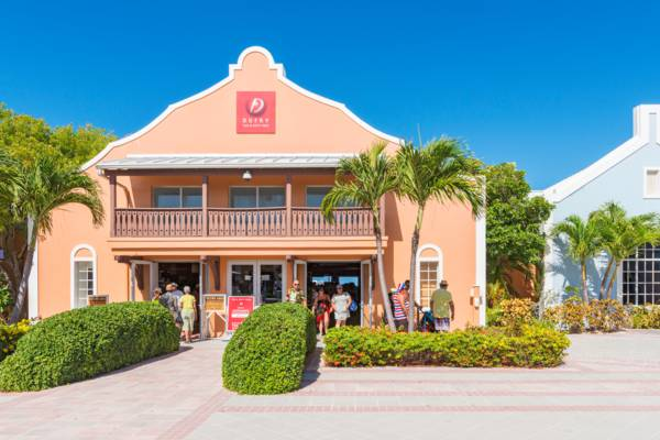 shops at the Grand Turk Cruise Center