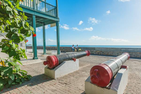 cannons at the post office at Grand Turk