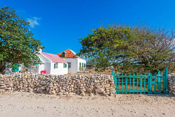 small homestead in the residential South District on Salt Cay
