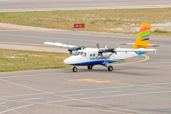 de Havilland Twin Otter at PLS airport