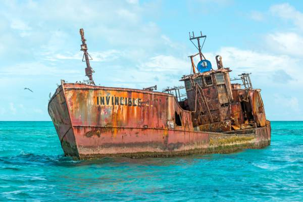 the Invincible shipwreck on the Caicos Banks near Molasses Reef