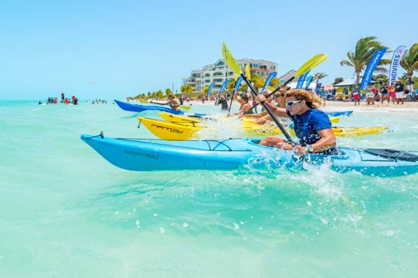kayak race at Windvibes