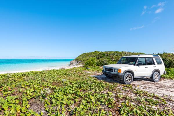 exploring the beautiful beaches of North Caicos with a Land Rover Discovery