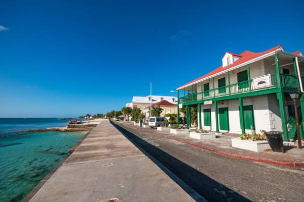 The Post Office on Front Street, Grand Turk with a view along the water.