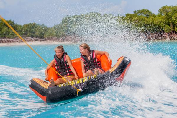 wake rides on the waters of the Turks and Caicos