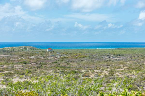 the Highlands and ocean at South Caicos
