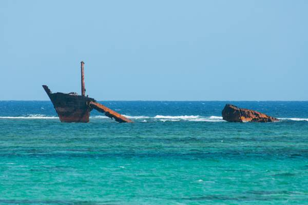 the River Arc shipwreck in the Turks and Caicos