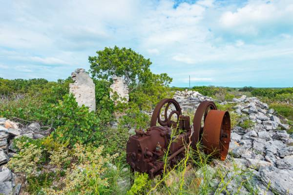 Yankee Town and an old engine in the Turks and Caicos