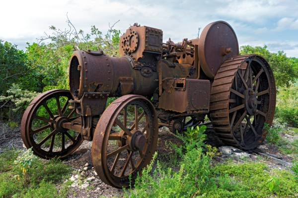 the old steam engine at Yankee Town on West Caicos
