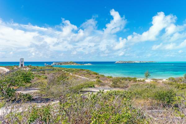 the view from South Caicos at Government Hill at Cockburn Harbour
