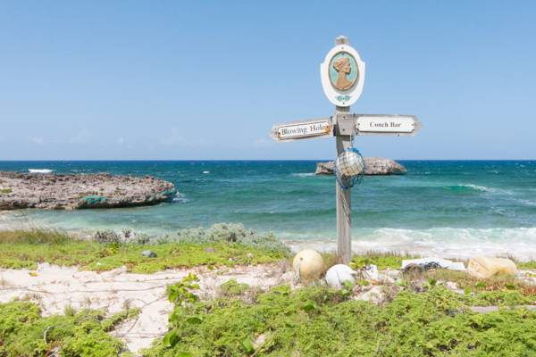 handmade trail marker on the Crossing Place Trail on Middle Caicos