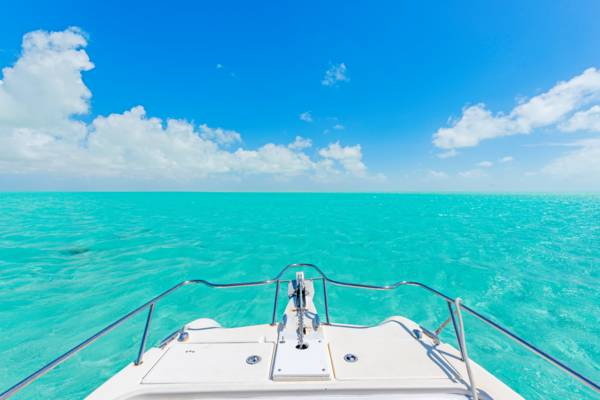 cruising in the turquoise and shallow waters of the Caicos Banks