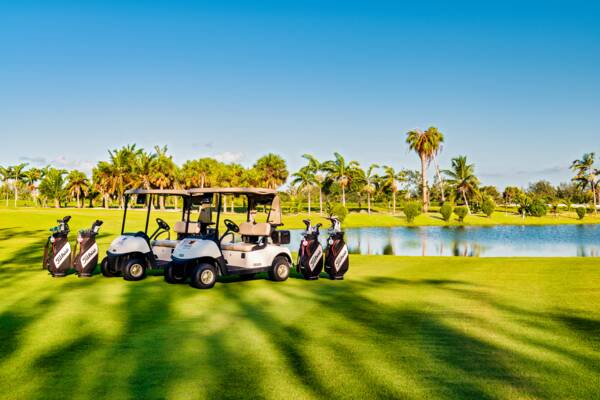 Golf clubs and golf carts in the Turks and Caicos