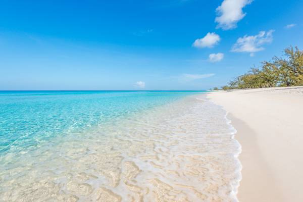 perfect clear water and white sand at Governor's Beach