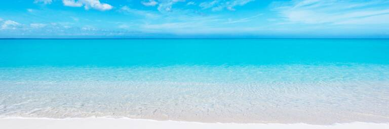 white sand and turquoise water at Leeward Beach on Providenciales
