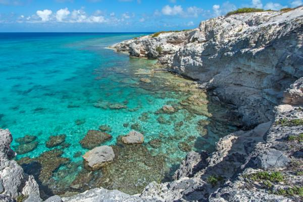clear turquoise at the cliff at Little Bluff Lookout in the Turks and Caicos