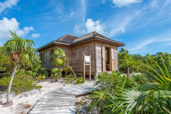 the visitor's center at Little Water Cay