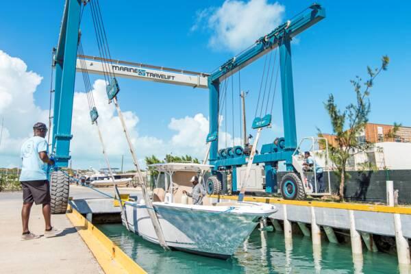 boat lift at South Bank Marina