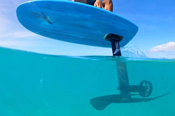 e-foil surf board