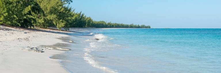 turquoise water at Whitby Beach on North Caicos